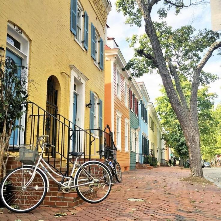 @erinebert - Colorful rowhouses in Georgetown - Neighborhoods in Washington, DC