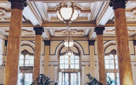 @momofmamony - The Willard Hotel